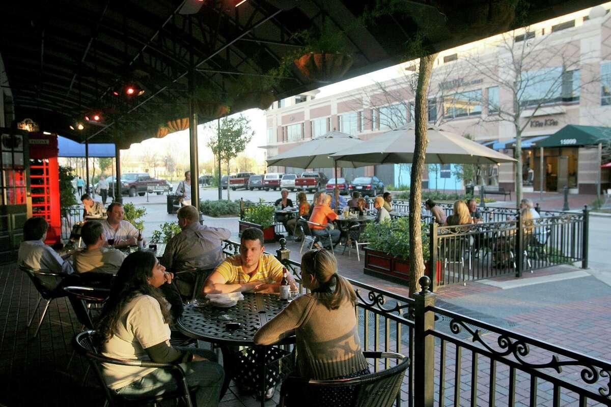 Sugar Land Town Square, Sugar Land: In Houston, regulations discourage walkable developments.
