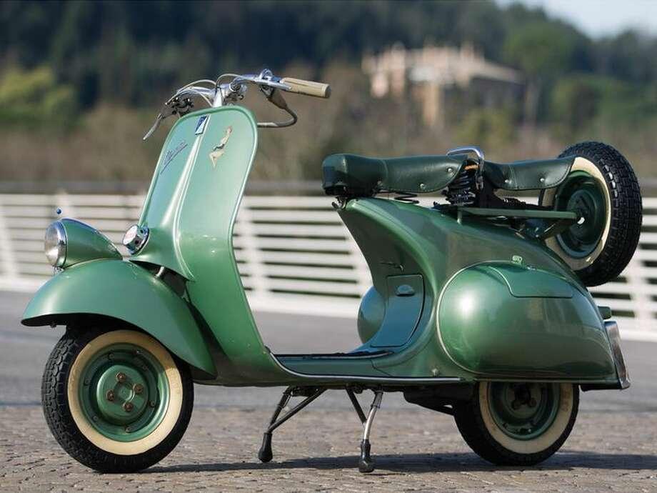 1952 Vespa 125 'Faro Basso' Photo: Courtesy Of RM Auctions