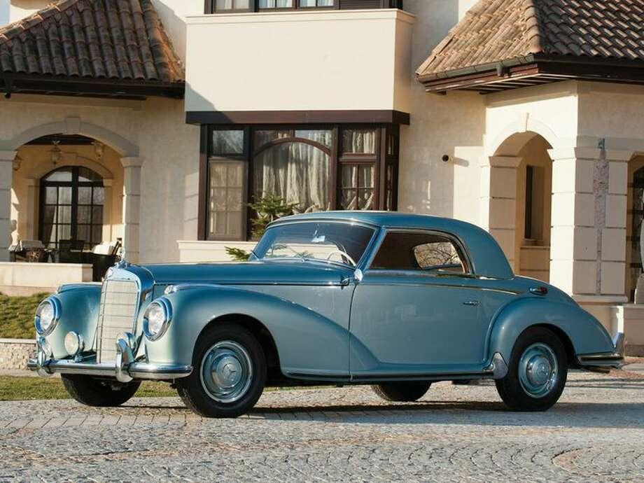 1952 Mercedes-Benz 300 S Coupé Photo: Tom Wood, Courtesy Of RM Auctions / Tom Wood ©2014 Courtesy of RM Auctions