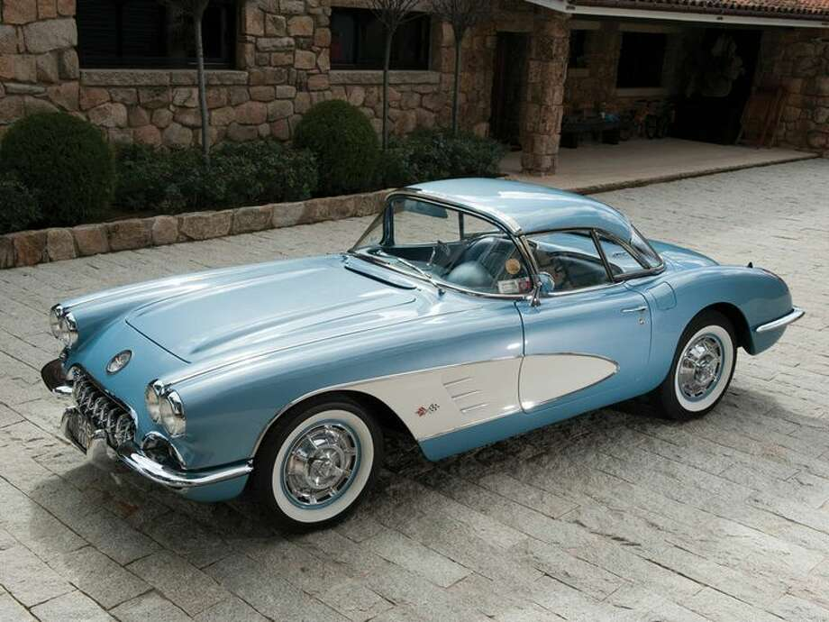 1960 Chevrolet Corvette Photo: Tom Wood, Courtesy Of RM Auctions / Tom Wood ©2014 Courtesy of RM Auctions
