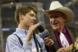 Bill Bailey, voice of RodeoHouston, announces retirement - Photo