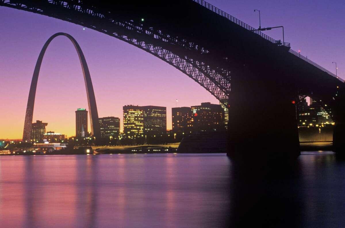 St. Louis. Average work week: 33.8 hours.