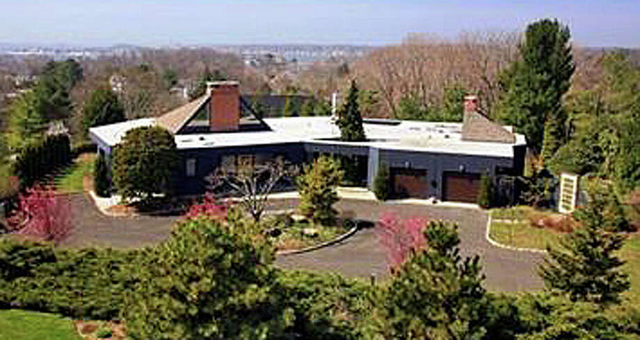 The property at 5 Longview Road recently was sold for $3 million. Photo: Contributed Photo / Westport News