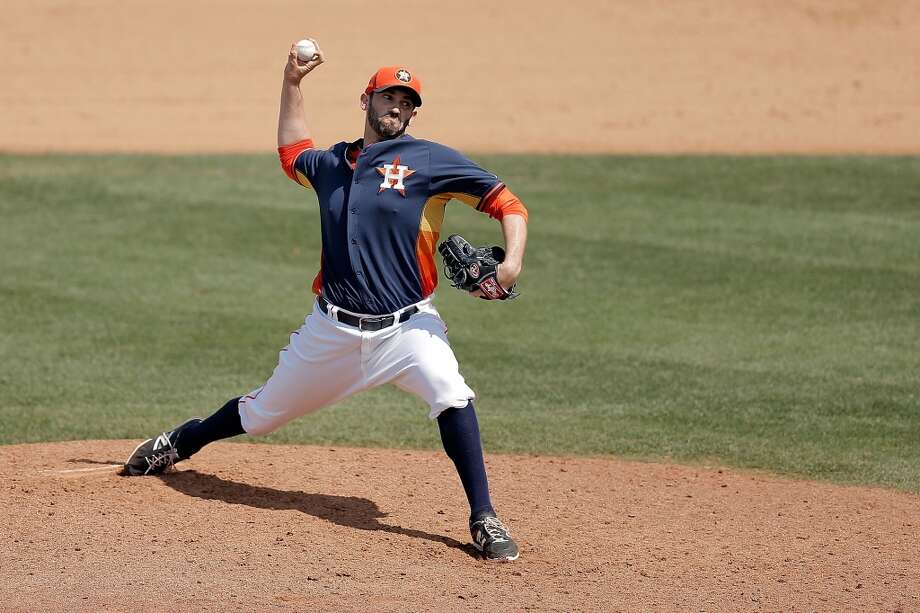 Josh Zeid throws a pitch in the sixth inning. Photo: Stacy Revere, Getty Images