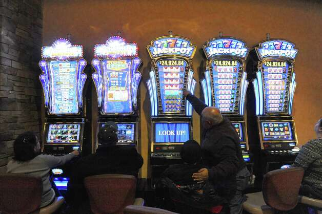 Racino workers support expanded casino gambling in Saratoga