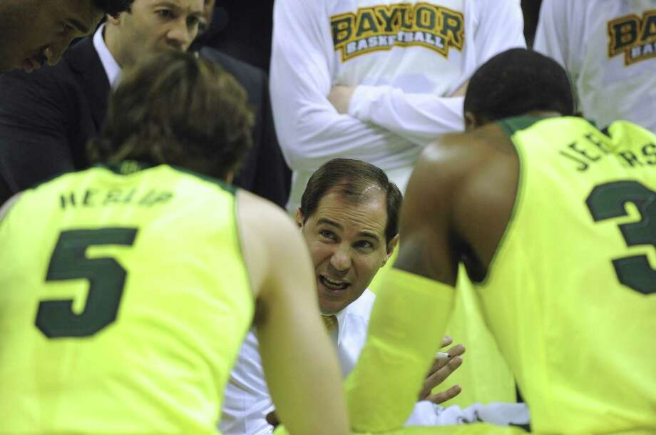 Coach Scott Drew and Baylor have been on a roll, winning 11 of their previous 13 games heading into today's third-round matchup against Creighton at the AT&T Center. Photo: Billy Calzada / San Antonio Express-News / San Antonio Express-News