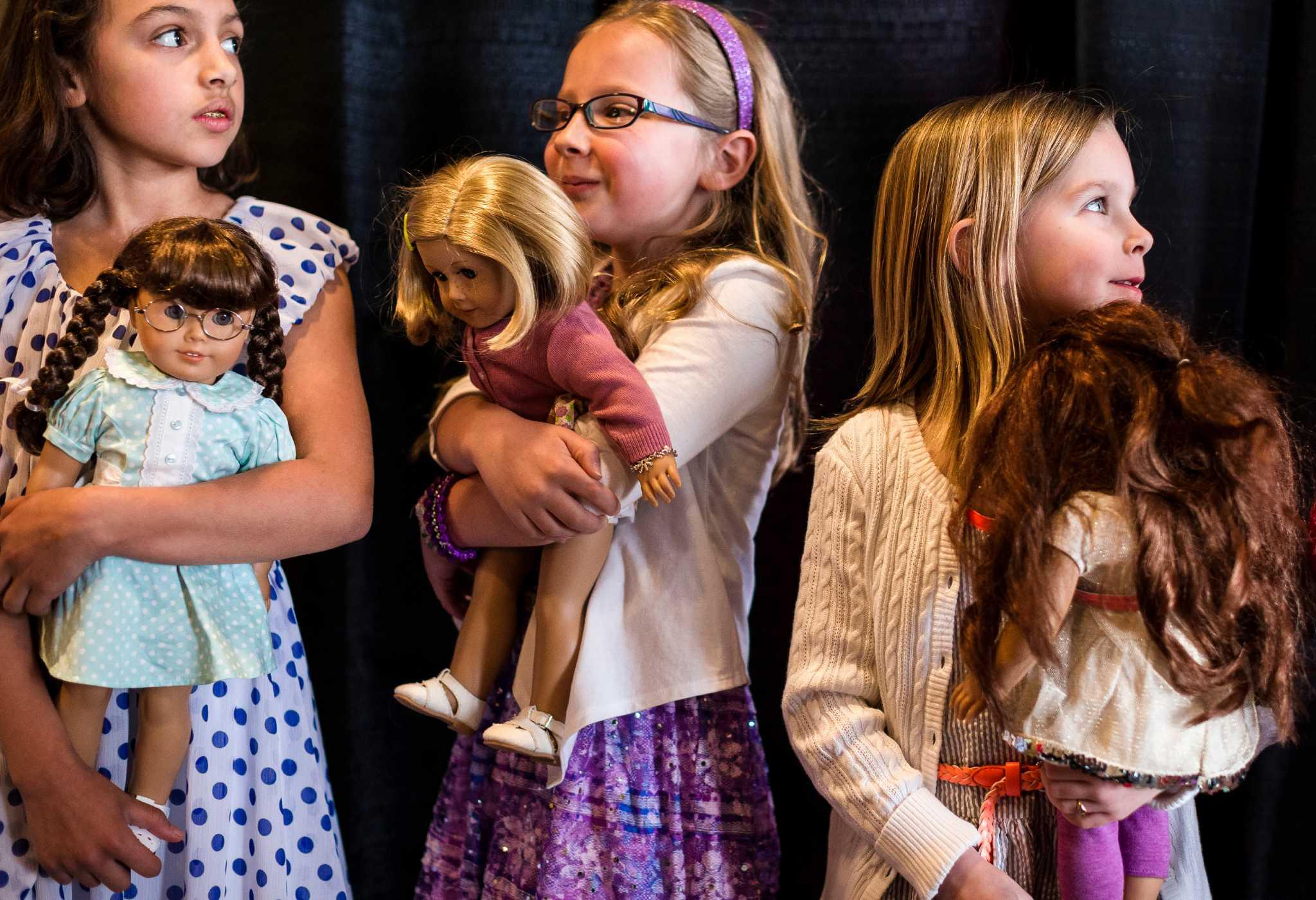 List of Felicity's Books American Girl Wiki FANDOM American girl fashion show williamsburg