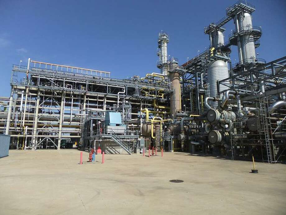 Sweeny is the largest refinery by capacity in the portfolio of Phillips 66, Houston's biggest Fortune 500 company. Photo: Ryan Holeywell, Houston Chronicle