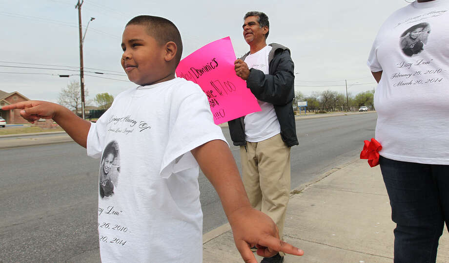 Photo: Jerry Lara / San Antonio Express-News / © 2014 San Antonio Express-News