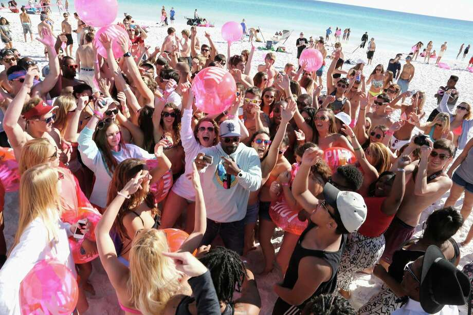 DJ Irie at Victoria's Secret PINK Nation Spring Beach Party on March 13, 2014 in Destin, Florida. Photo: Don Juan Moore, Getty Images / 2014 Getty Images