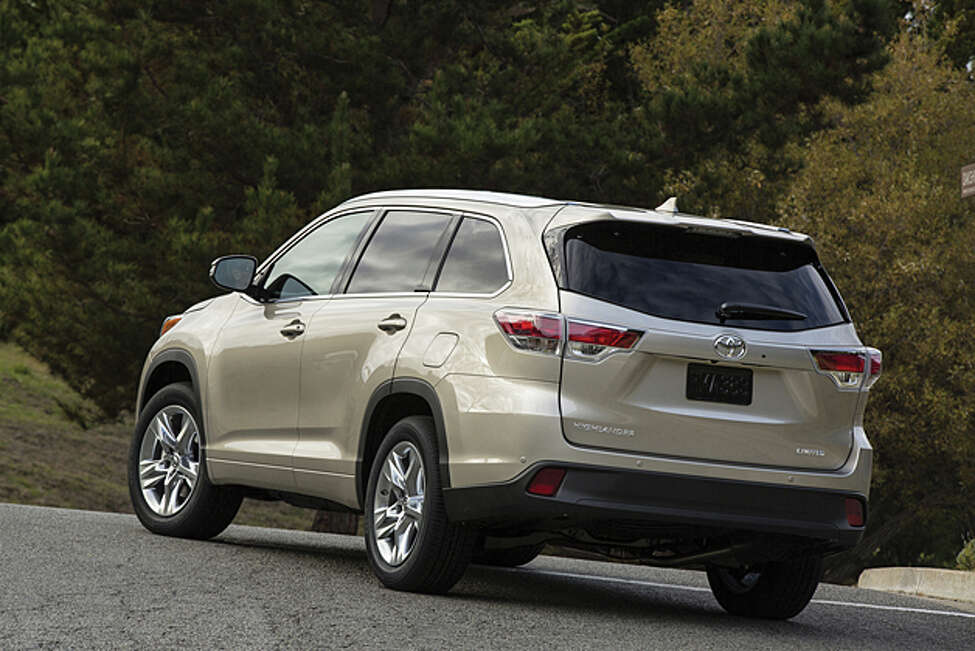 2014 Toyota Highlander (photo courtesy Toyota)