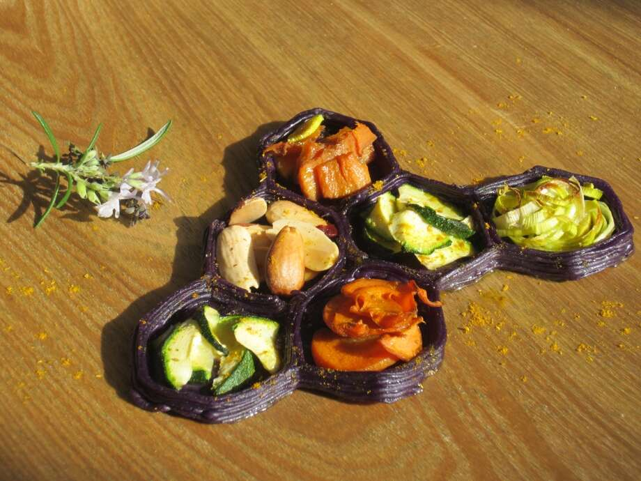 Purple potato plate divider Photo: Natural Foods
