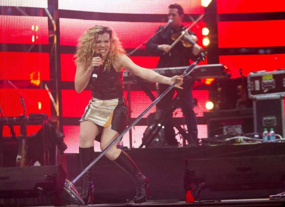 The Band Perry, March 22    The Band Perry looked and sounded like they're having a blast onstage at the Houston Livestock Show and Rodeo, and that energy translates to the crowd. Photo: Marie D. De Jesus/Houston ChronicleMarie D. De Jesus/Houston Chronicle