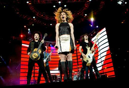 The Band Perry, March 22    The Band Perry pumped fists, lifted microphone stands and rallied the crowd to dance  during their performance. Photo: Marie D. De Jesus/Houston Chronicle