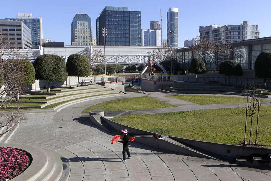 The architects and managers of the Moscone Convention Center expansion plan seem determined to needlessly dismantle significant portions of Yerba Buena Gardens. Photo: Paul Chinn, The Chronicle