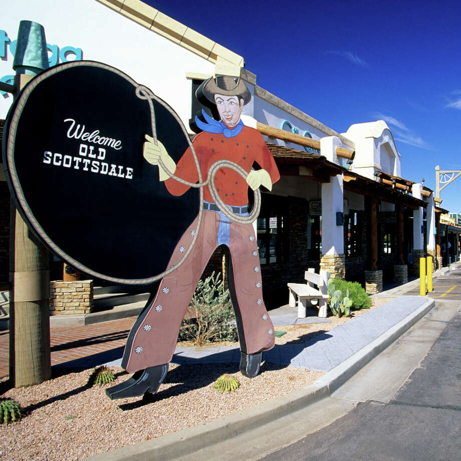 Phoenix-Mesa-Glendale. Average work week: 35 hours.  Photo: Hisham Ibrahim, Getty Images / (c) Hisham Ibrahim