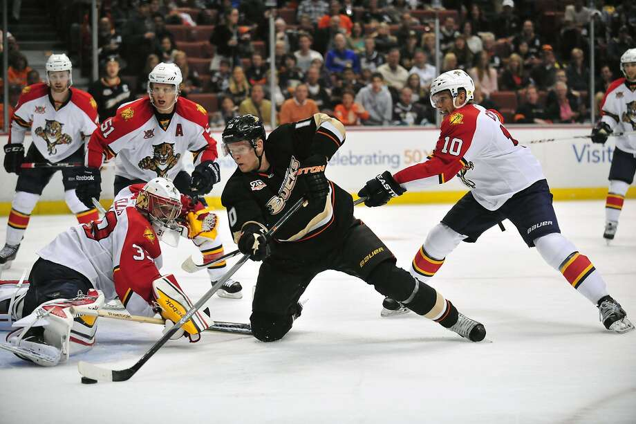 March 23, 2014; Anaheim, CA, USA; Anaheim Ducks right wing Corey Perry (10) moves in on goal against Florida Panthers goalie Dan Ellis (39) during the third period at Honda Center. Mandatory Credit: Gary A. Vasquez-USA TODAY Sports Photo: Gary A. Vasquez, Reuters