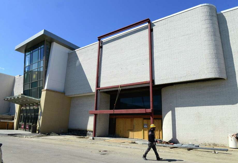 Work on the facade of a new Lord and Taylor department store at Crossgates Mall continues Monday, March 24, 2014, in Guilderland, N.Y. The 100000-square-foot store is scheduled to open this fall. (Will Waldron/Times Union) Photo: WW