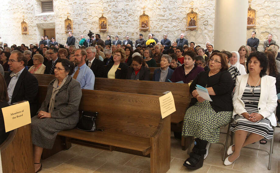 The faithful flocked to the dedication Mass for the Assumption Seminary chapel that was celebrated by Archbishop Gustavo García-Siller. The 44-year-old chapel — it was dedicated in 1970 — has undergone a $1.3 million interior renovation. Photo: John Davenport / San Antonio Express-News / ©San Antonio Express-News/Photo may be sold to the public