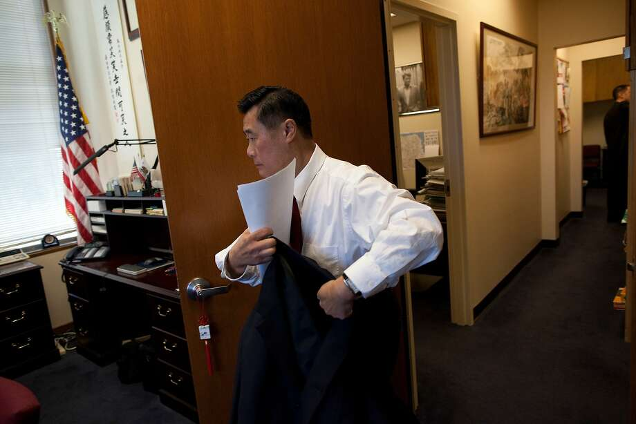 California State Senator Leland Yee of district 8 in San Francisco prepares to leave his office at the state capitol in Sacramento to return to San Francisco on February 9, 2011 in Sacramento, Calif. Photo: David Paul Morris, Special To The Chronicle