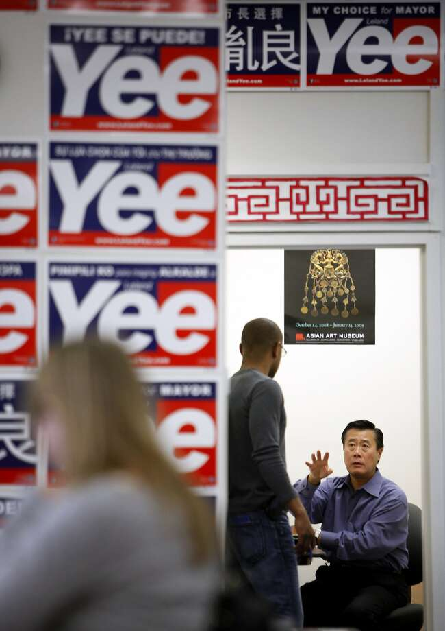 Senator Leeland Yee works in his office at his campaign headquarters in San Francisco, Calif., Saturday, October 15, 2011. Photo: Sarah Rice, Special To The Chronicle