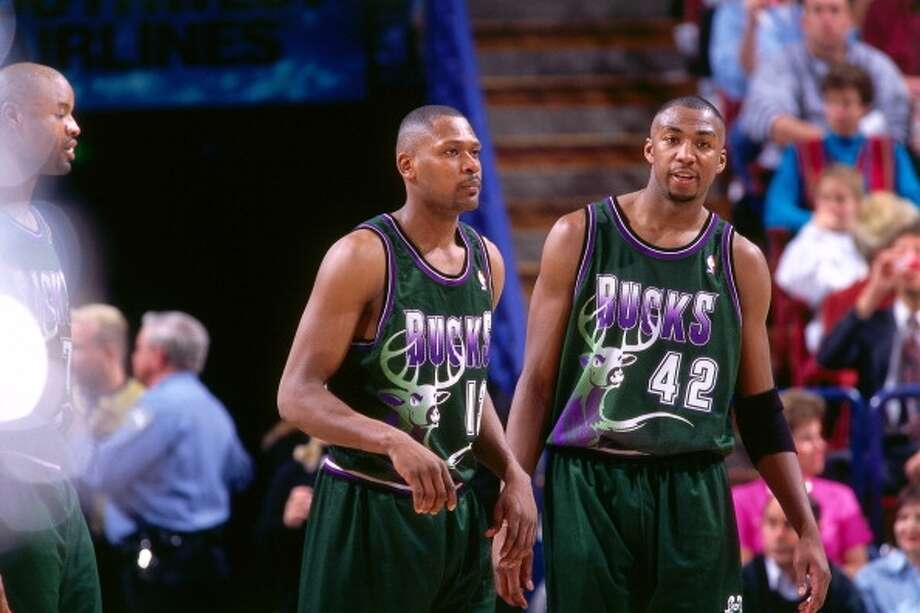 Milwaukee Bucks  Longest losing streak: 15 games  From March 4, 1996 to March 30, 1996 Photo: Rocky-widner-, Getty Images