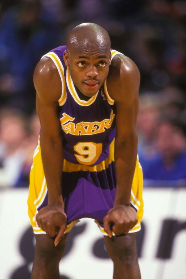 Los Angeles Lakers  Longest losing streak: 10 games  From April 8, 1994 to April 24, 1994 Photo: Mitchell Layton, Getty Images