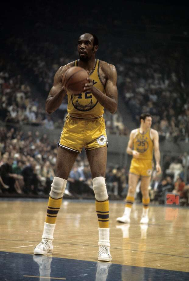 Golden State Warriors  Longest losing streak: 17 games (franchise was based in San Francisco during this time)  From Dec. 20, 1964 to Jan. 26, 1965 Photo: Focus On Sport, Getty Images
