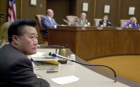 Leland Yee (D-SF) appeared before the Tulare Co. Board of Supervisors with Ellen Corbett (D-San Leandro). Assembly members Leland Yee and Ellen Corbett met with local politicians in Tulare Co. to try to sell California's proposed fiscal budget in June 2003 in Visalia, Calif. Photo: Paul Chinn, The Chronicle