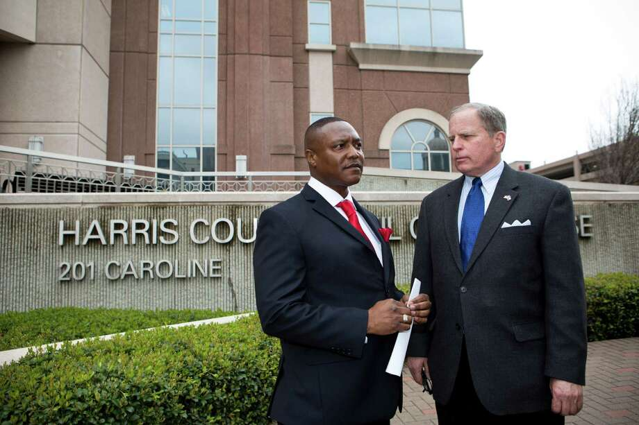 Exonerated Texas death row inmate Anthony Graves was accompanied by attorney Robert Bennett, right, at a news conference about Graves' case March 5. Photo: Marie D. De Jeséºs, Staff / © 2014 Houston Chronicle