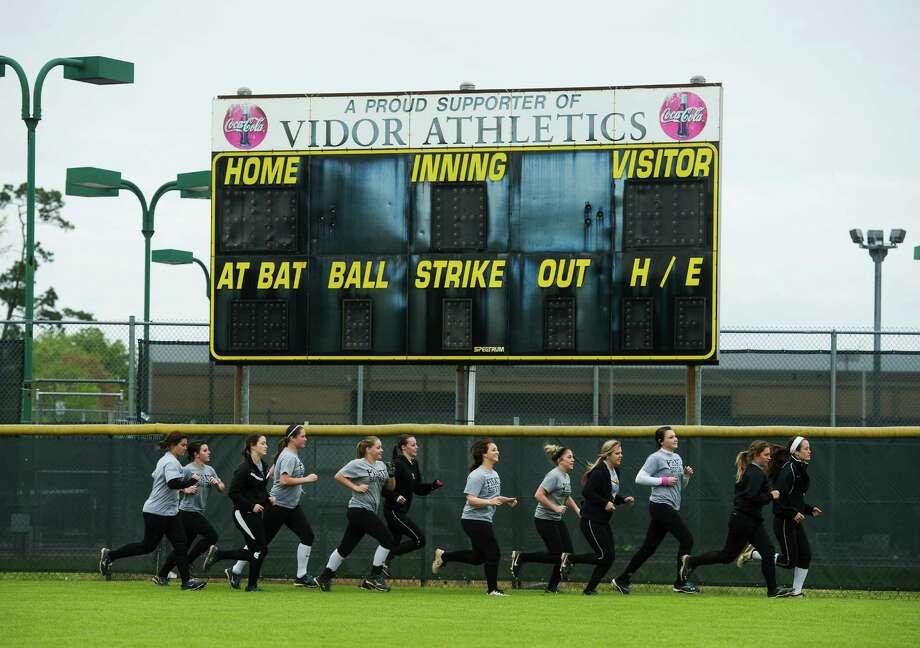 Vidor High School (Vidor ISD): 1355average SAT score. Photo: Jake Daniels / ©2014 The Beaumont Enterprise/Jake Daniels