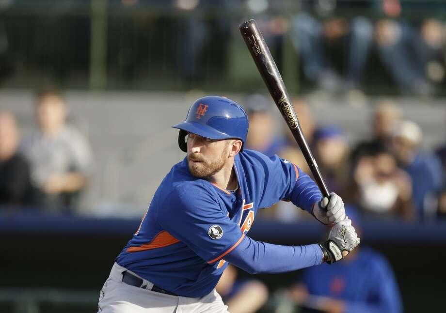Ike Davis bats. Photo: Carlos Osorio, Associated Press
