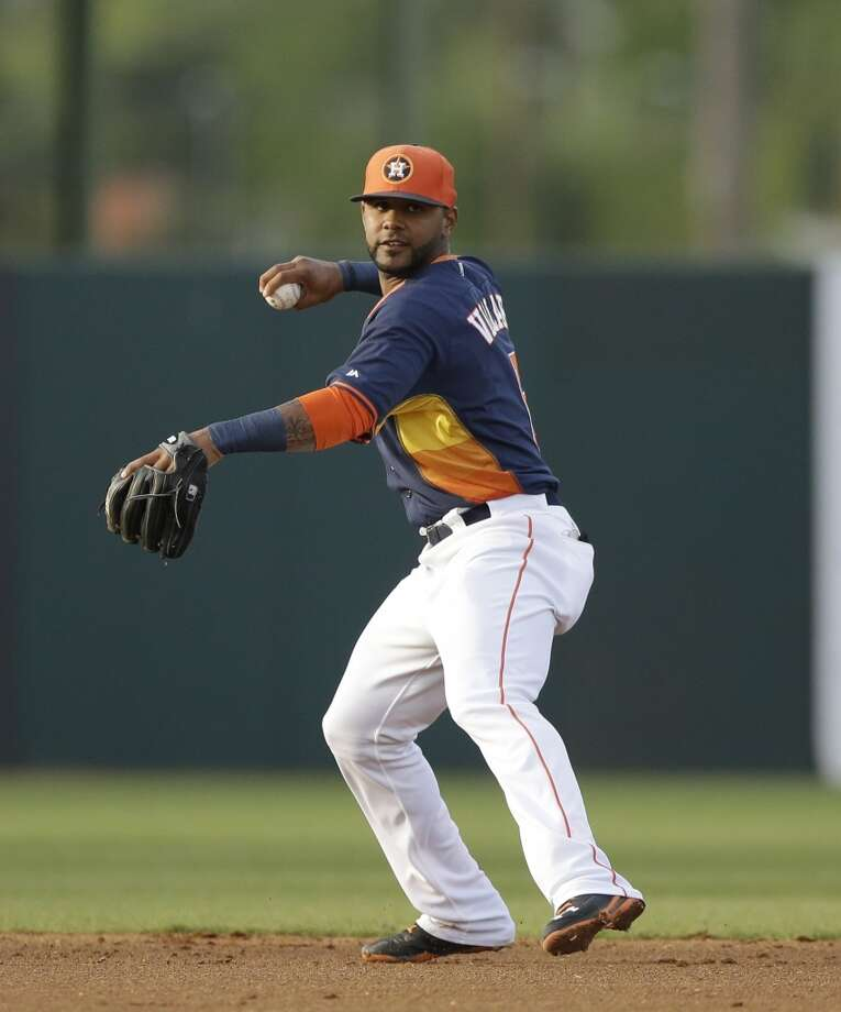 Astros shortstop Jonathan Villar throws to first. Photo: Carlos Osorio, Associated Press