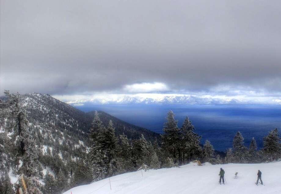 Diamond Peak: bipolar sky