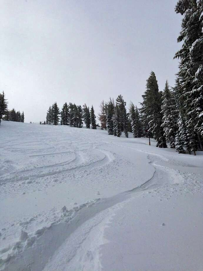 Sierra-at-Tahoe: morning tracks