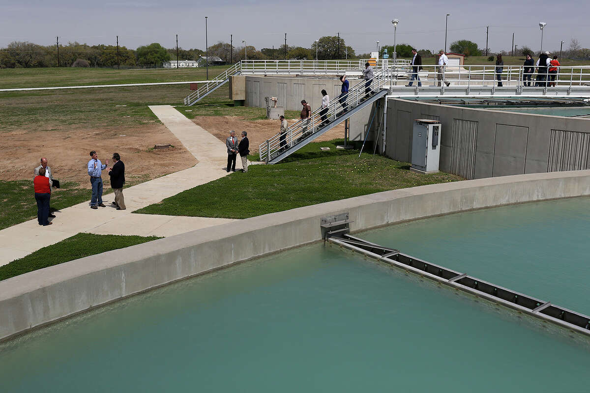 15. San Antonio Water System Sector: Municipal utilities S.A.-area employees: 1,693 Total employees: 1,693