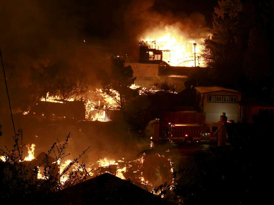 Flames engulf a San Bruno neighborhood after a PG&E pipeline ruptured in 2010. Photo: Brant Ward, The Chronicle