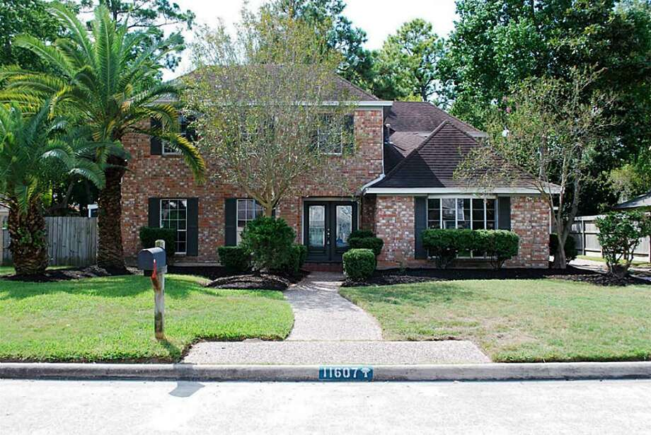11607 Parkriver Drive in Houston / ONLINE_YES