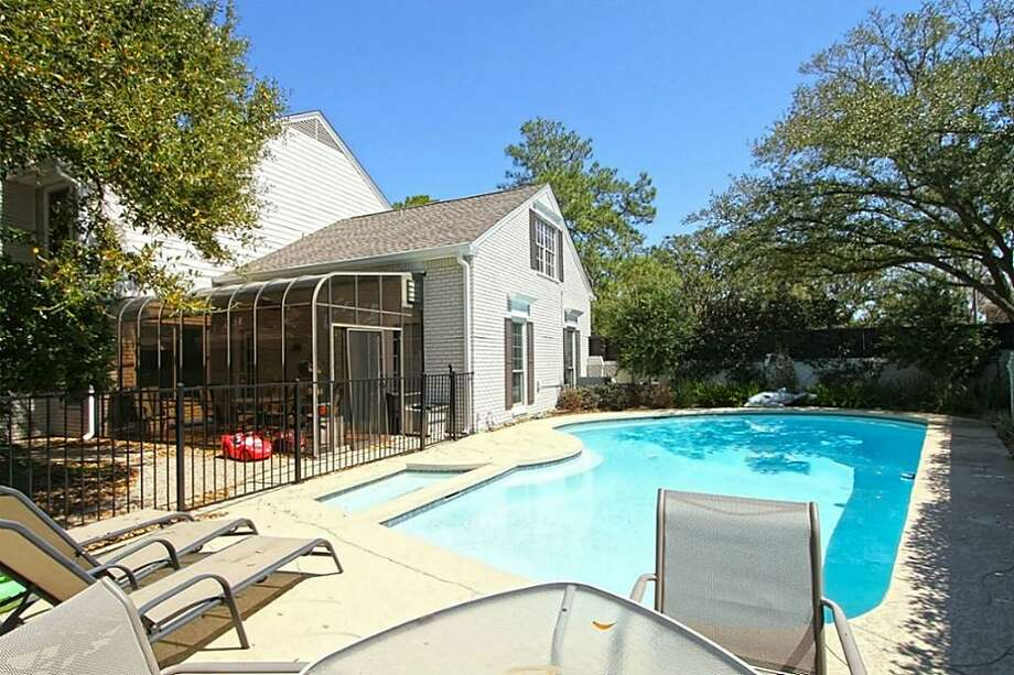 702 Crossroads: This 1972 home has 4-5 bedrooms, 3 full and 2 half bathrooms, and 5,076 square feet. Listed for $849,900. Open house: 3/30/2014, 2 p.m. to 4 p.m. Photo: Houston Association Of Realtors