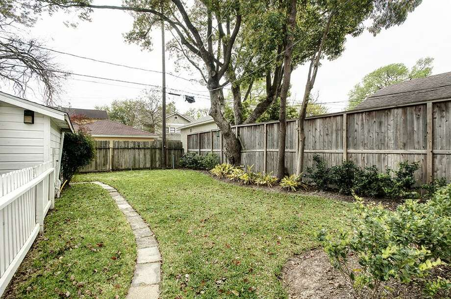 1030 Merrill: This 1924 home has 2 bedrooms, 1 bathrooms, and 1,226 square feet. Listed for $399,000. Open house: 3/30/2014, 3 p.m. to 5 p.m. Photo: Houston Association Of Realtors