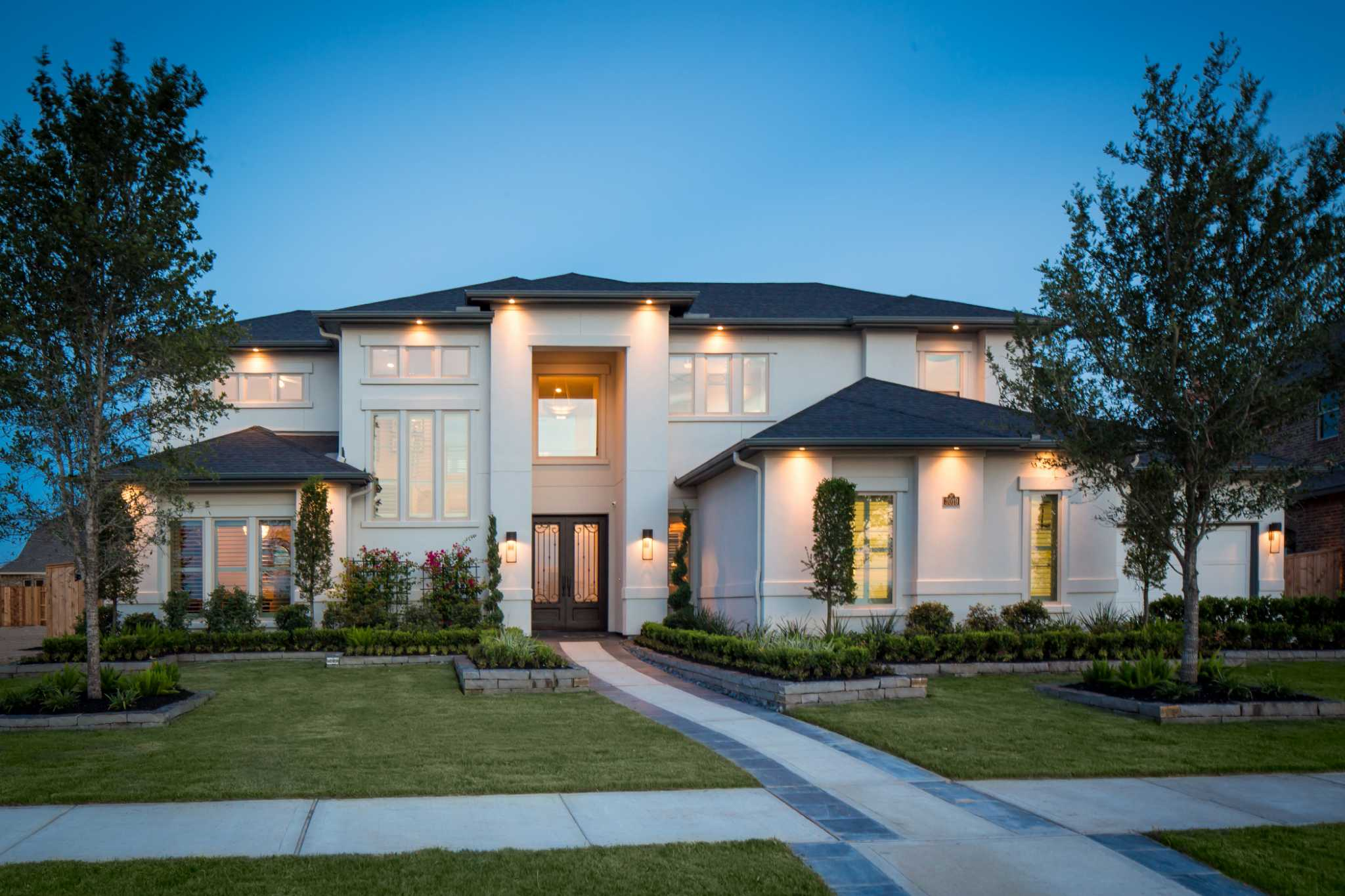 Cinco ranch 39 s ironwood estates opens its gates to builders for Small home builders houston