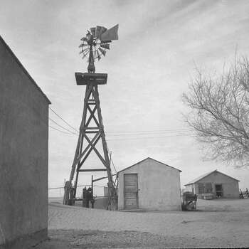 Windmill on drought-struck farm.  (Photo by Joseph Scherschel//Time Life Pictures/Getty Images) Photo: Joseph Scherschel, Time & Life Pictures/Getty Image / Time Life Pictures