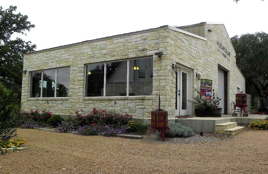 Westcave Cellars WineryEstablished in 2010