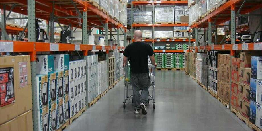 4. Costco(648 stores worldwide)Consumer Reports Reader score: 84. Okay service, Best perishables, Best prices, Good cleanliness Photo: Business Insider