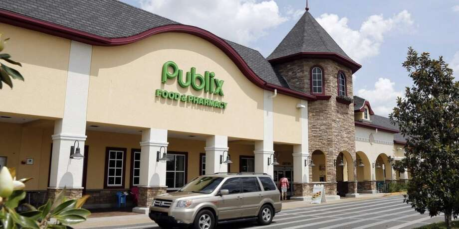 3. Publix(1,080 stores in Alabama, Florida, Georgia, North Carolina, South Carolina and Tennessee)Consumer Reports Reader score: 85. Best service, Best perishables, Okay prices, Best cleanliness Photo: Business Insider