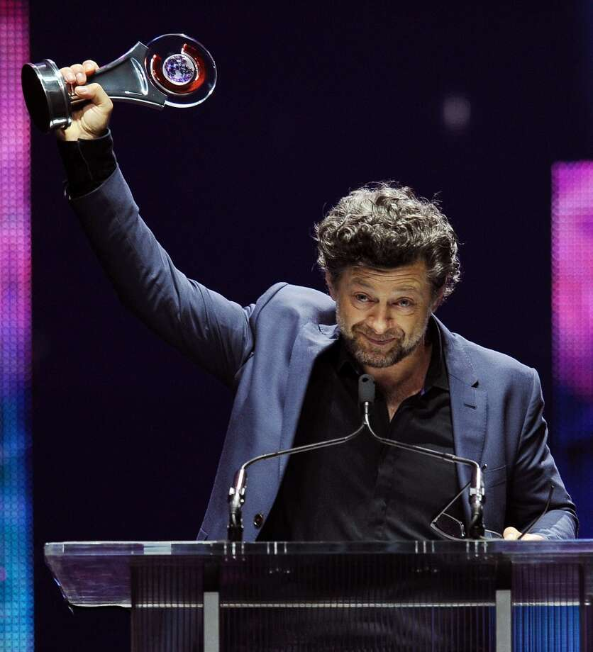 Actor Andy Serkis accepts the CinemaCon Vanguard Award at the Big Screen Achievement Awards at CinemaCon 2014 on Thursday, March 27, 2014 in Las Vegas. Photo: Chris Pizzello, Associated Press