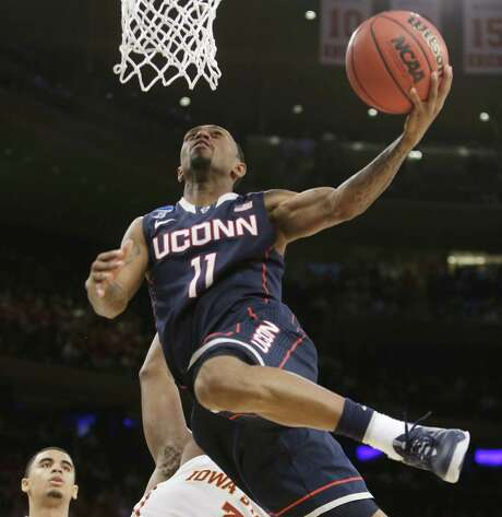 UConn's Ryan Boatright, who finished with 16 points, including a pair of 3-pointers, goes up for a layup against Iowa State during Friday night's regional semifinal at Madison Square Garden. Photo: Frank Franklin II / Associated Press / AP