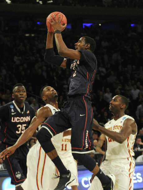 DeAndre Daniels was a driving force for UConn, scoring 19 of his 27 points in the second half to help the Huskies hold off Iowa State on Friday night. Photo: RICHARD MESSINA, MBR / Hartford Courant