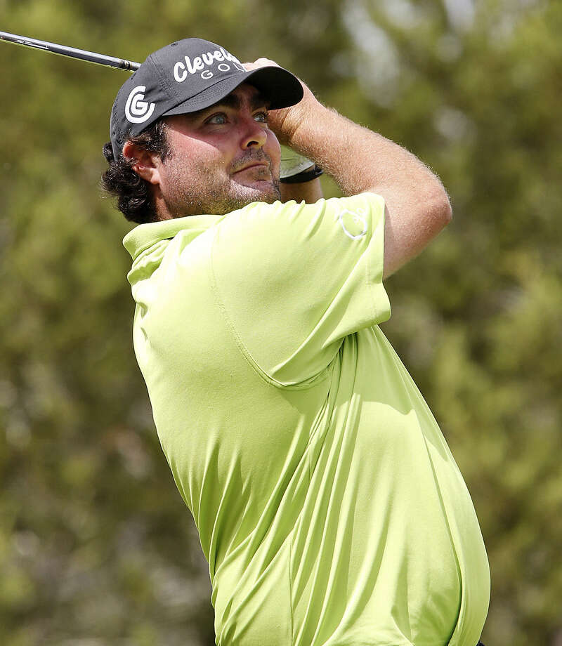 Second-round leader Steven Bowditch tees off at No. 7. It's the first time in his career he has led after a round. Photo: Edward A. Ornelas / Express-News / ©2014 San Antonio Express-News
