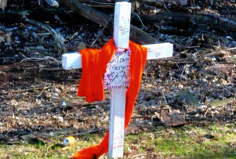 The family of Amy Rademaker put up this cross in St. Croix County, Wis., in memory of the girl, 15, who died in a 2006 crash in a Chevrolet Cobalt. A faulty ignition switch was blamed for shutting off the car, leaving the teen without power steering, brakes or air bags.  http://www.latimes.com/business/autos/la-fi-gm-liability-20140325,0,5352192.story#ixzz2xJrAirkQ Photo: HONS / Margie Beskau